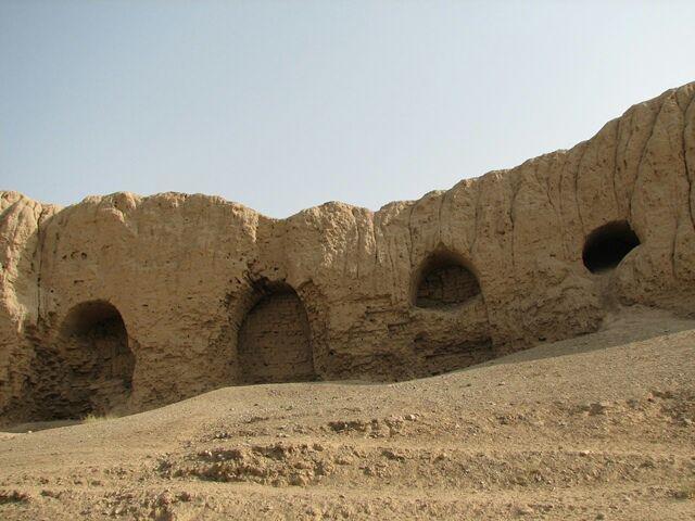 شروع فصل چهارم پژوهش های باستان شناسی در قلعه ایرج ورامین